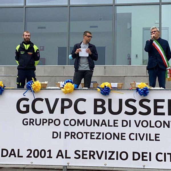 20 anni di Protezione Civile - Il consigliere Thomas Livraghi insieme al Sindaco Curzio Rusnati e al coordinatore della Protezione Civile Marco Provvido